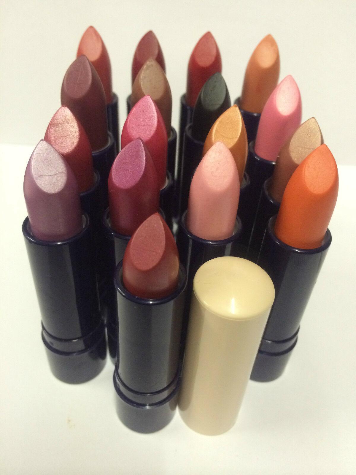 Lip Swatch Saturday - LOréal Colour Riche Fairest Nude